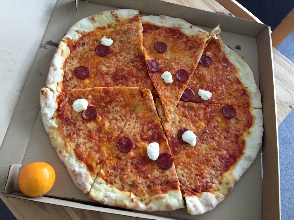 mannys pizza pepperoni pie