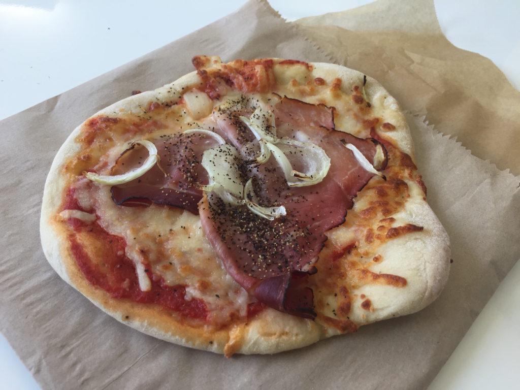 sugar down bakery ham pizza