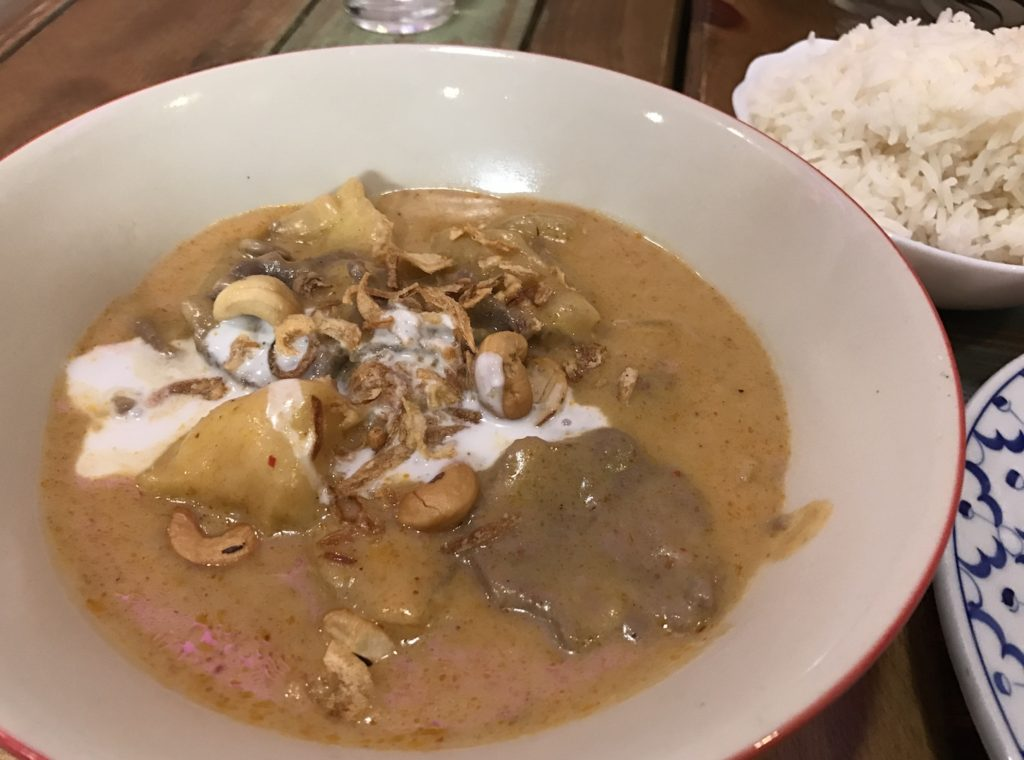 thai house cafe massaman curry