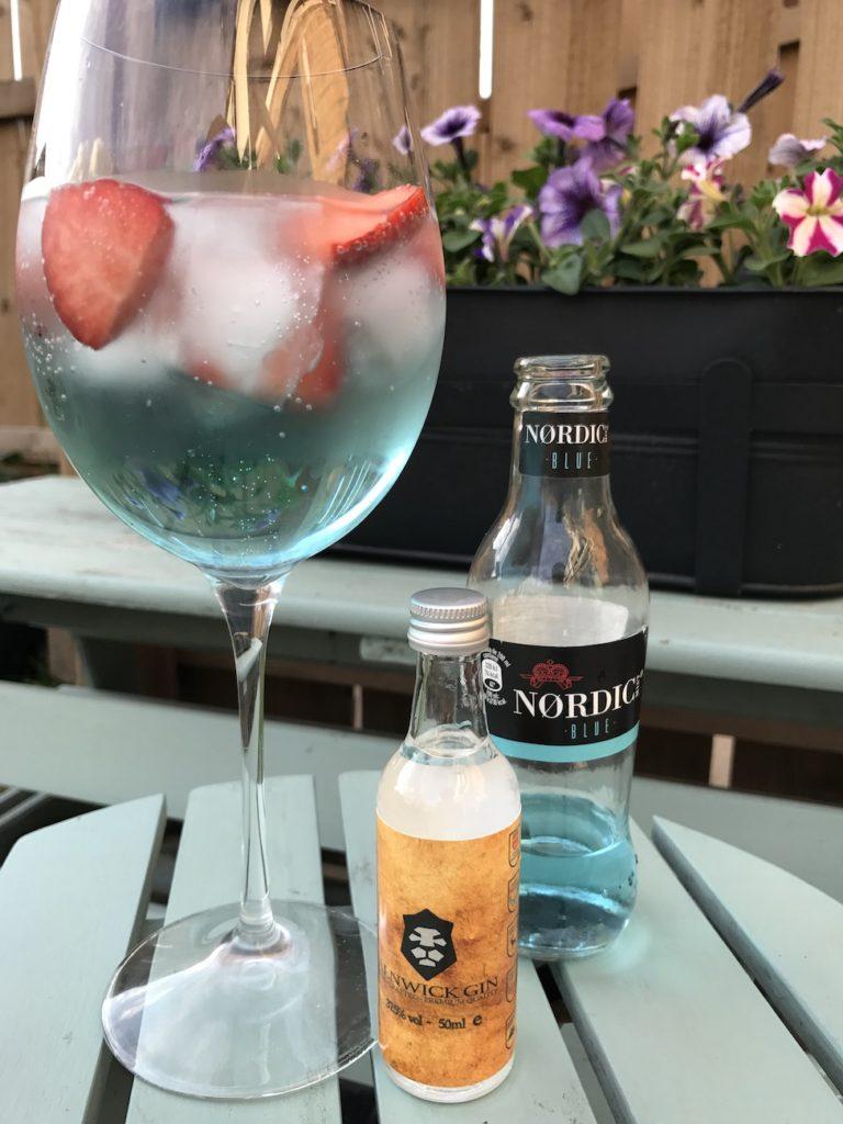 alnwick-gin-tonic