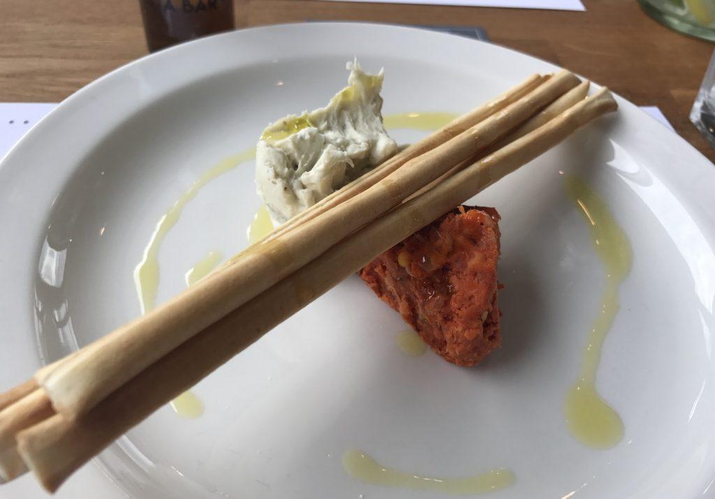 zucchini-pasta-bar-grissini-nduja