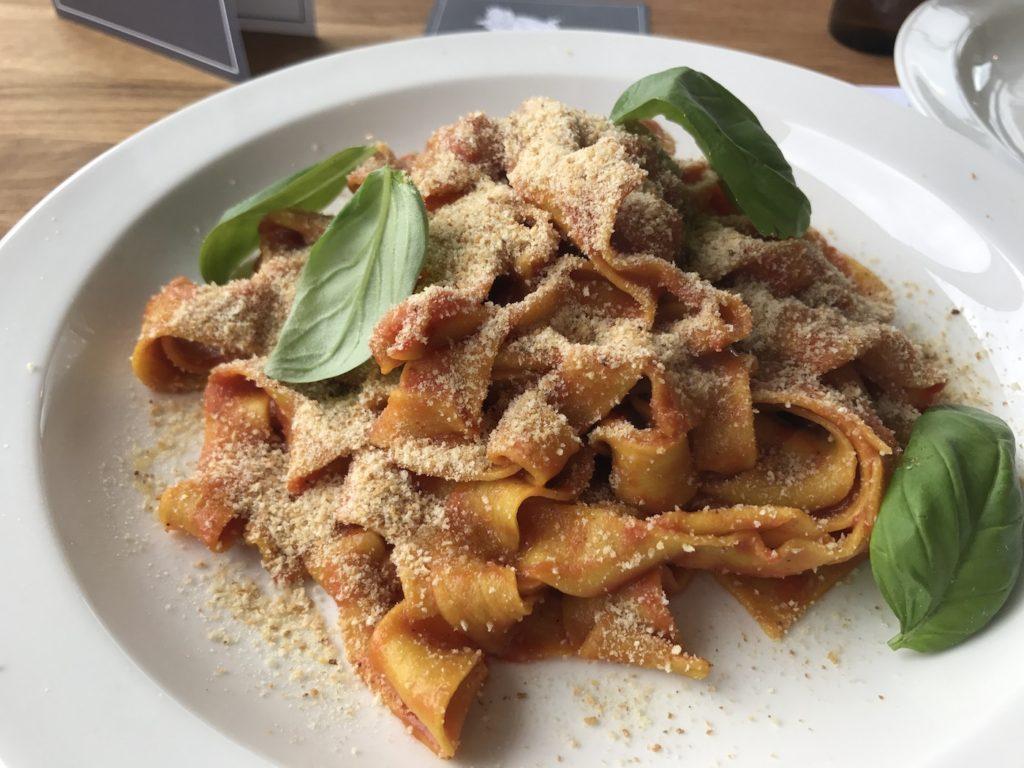 zucchini-pasta-bar-pomodoro-tagliatelle