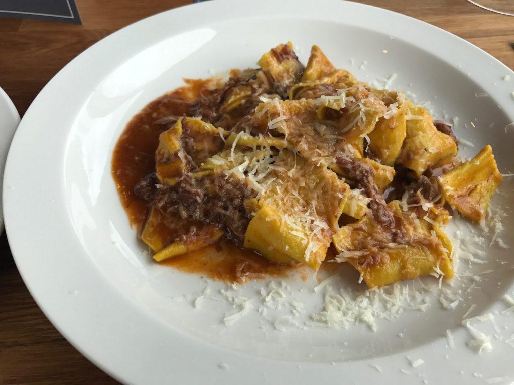 zucchini-pasta-beef-ragu