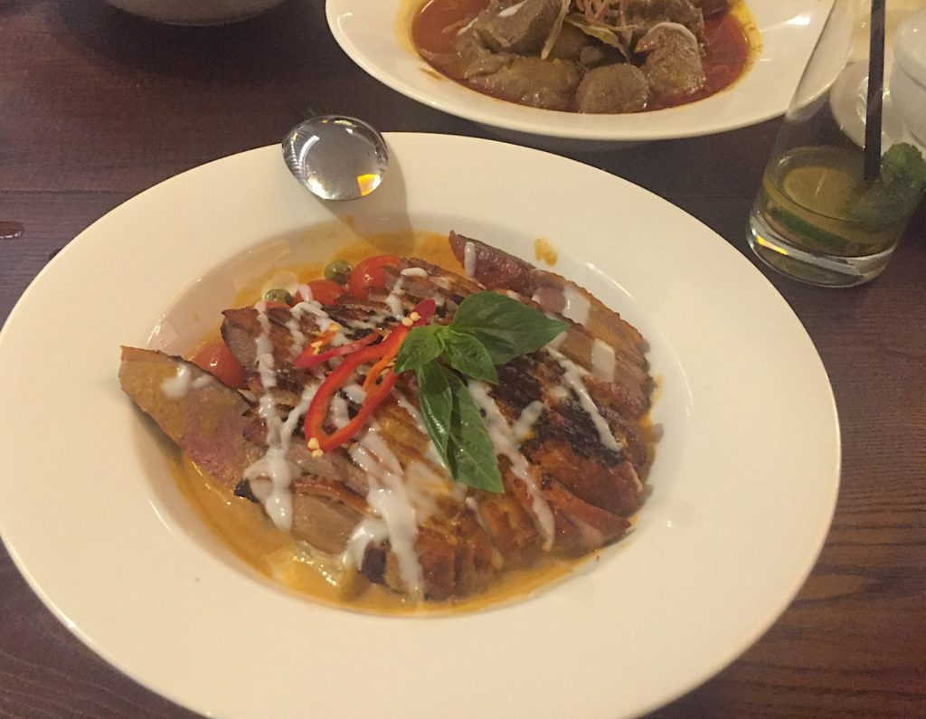 mantra-thai-duck-curry