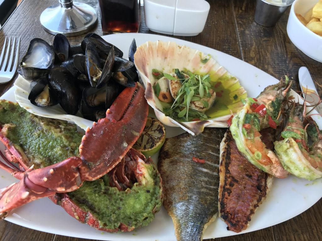 colmans-seafood-temple-fish-platter