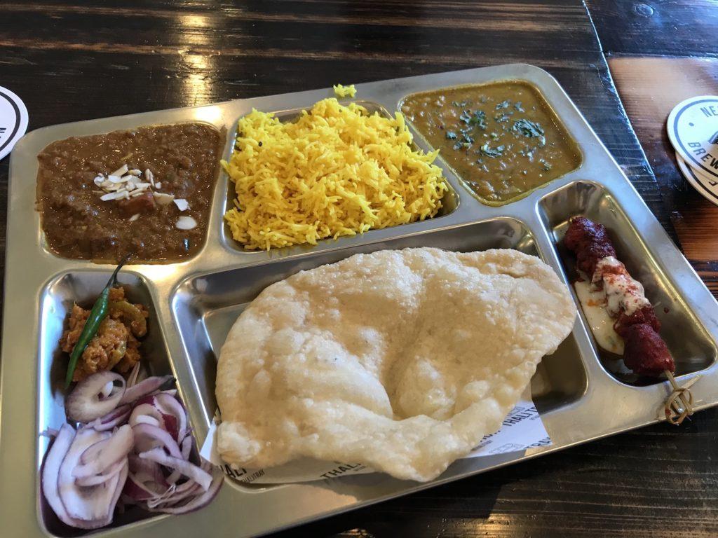 thali-tray-kashmiri